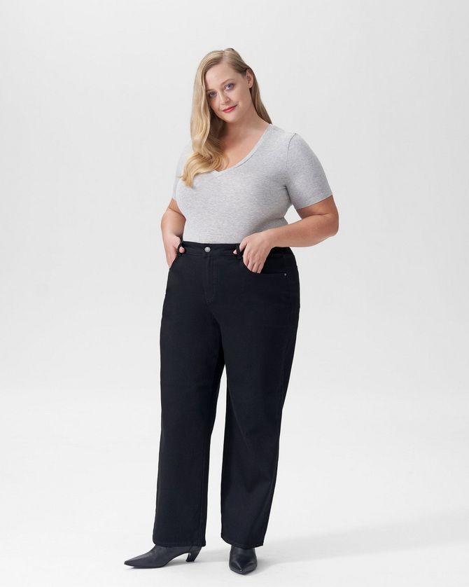 расклешенные модели широких джинсов
