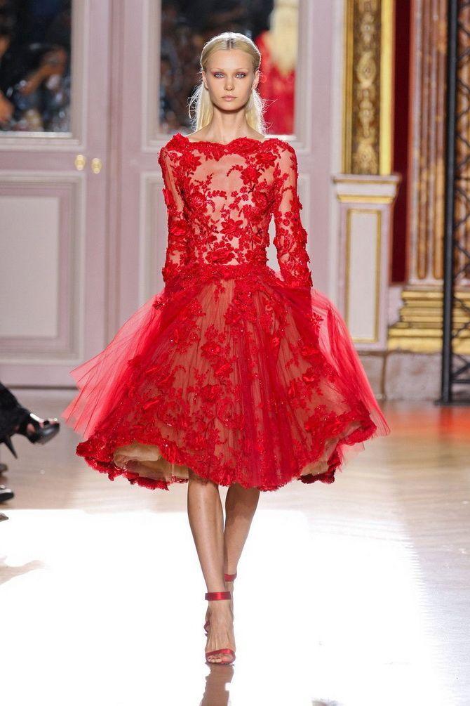 маленькое красное платье на выпускной