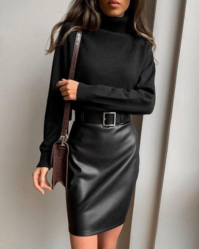 Короткие юбки из кожи