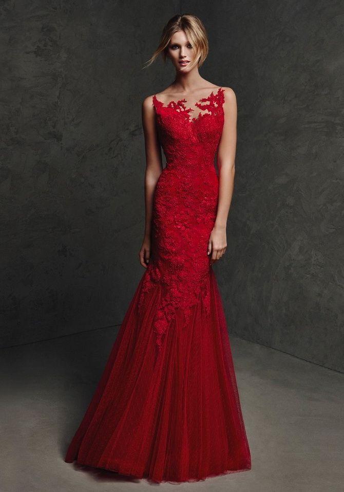 красное платья годе