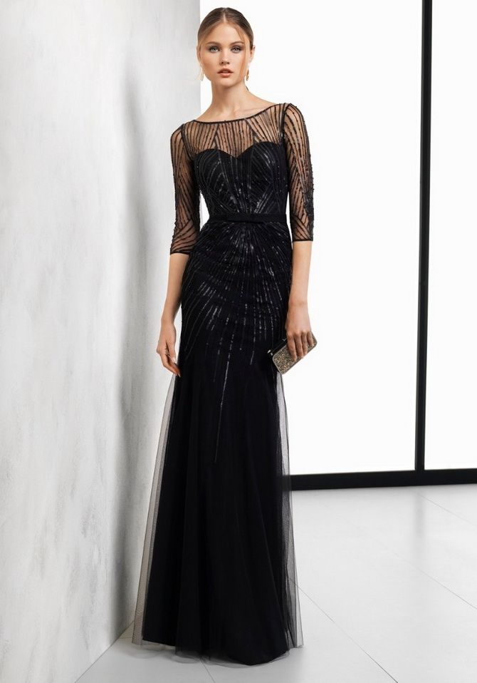 Прямые силуэты черных платьев