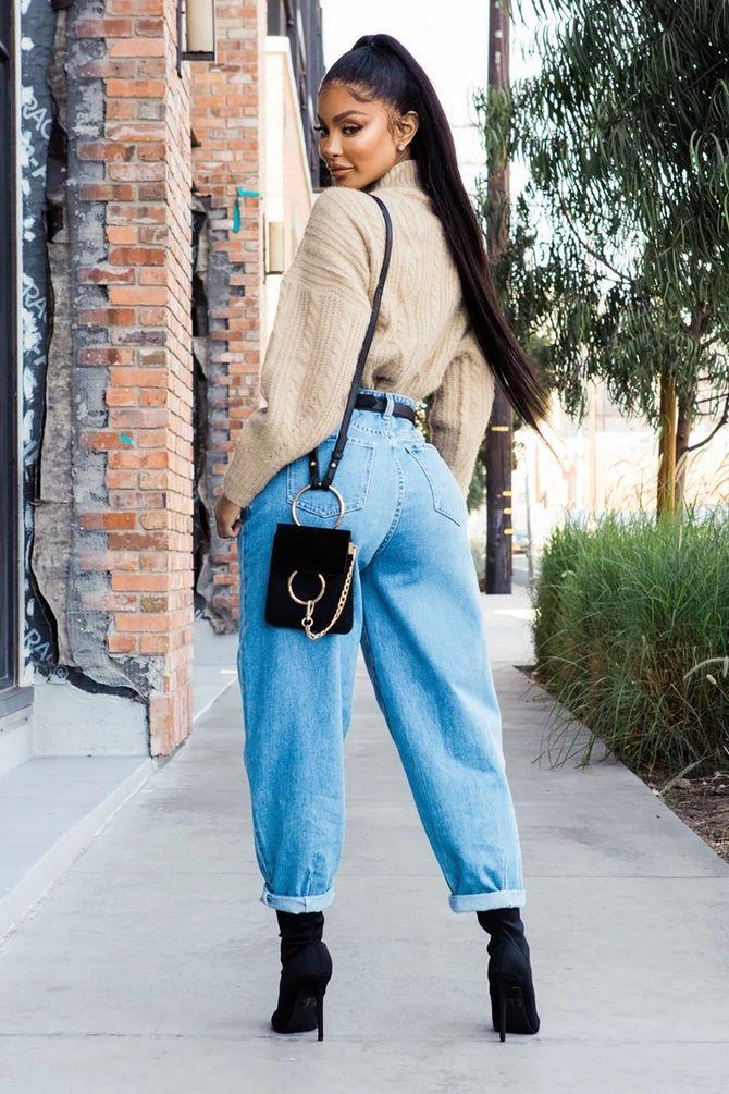 С чем носить джинсы-бананы в 2020 году: 45 модных идей 5