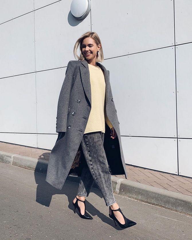 З чим носити джинси-банани в 2021 році: 45 модних ідей 32
