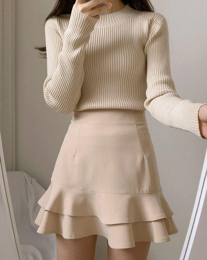 Короткая юбка-трапеция с воланами