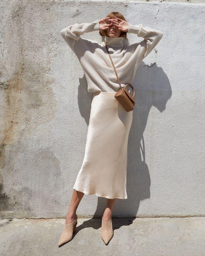 з чим носити спідницю міді в білизняному стилі