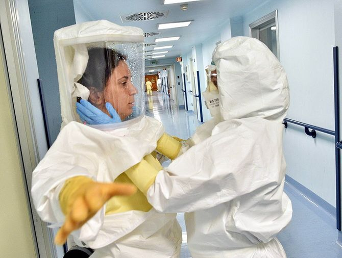 врачи коронавирус