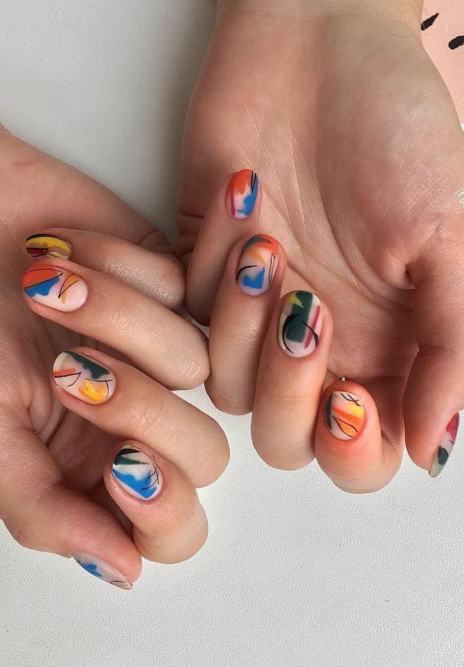Ніжний або яскравий: підбираємо кращий манікюр на короткі нігті 2021 1