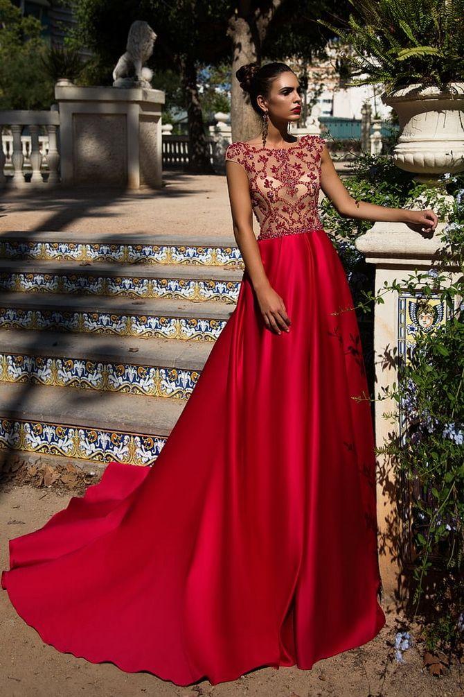 Выпускное платье красного цвета