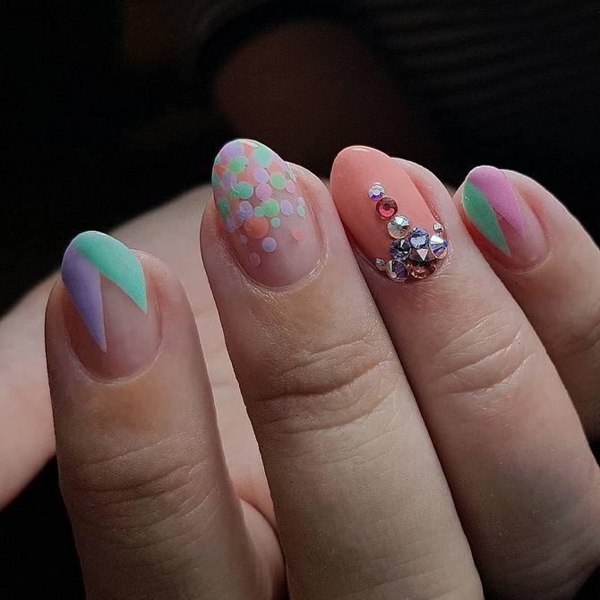 Ніжний або яскравий: підбираємо кращий манікюр на короткі нігті 2021 5