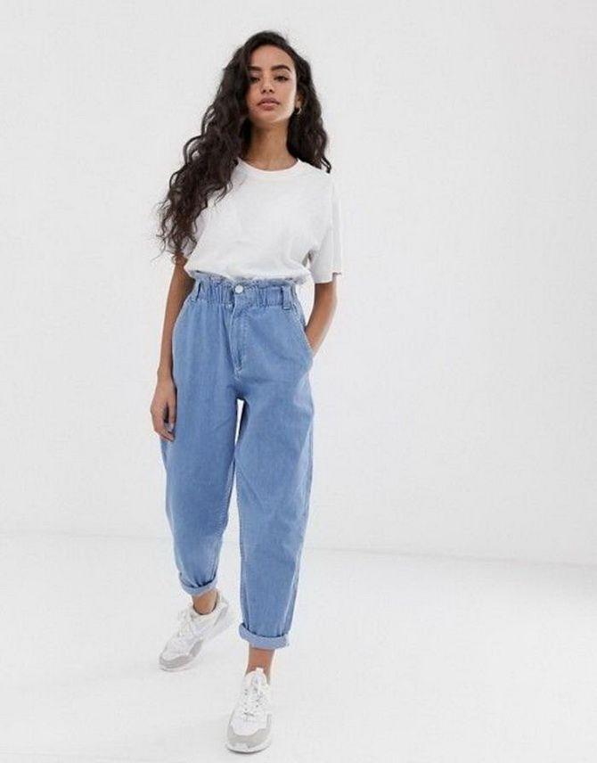 З чим носити джинси-банани в 2021 році: 45 модних ідей 43