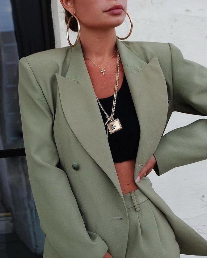 пиджак с джинсами женский