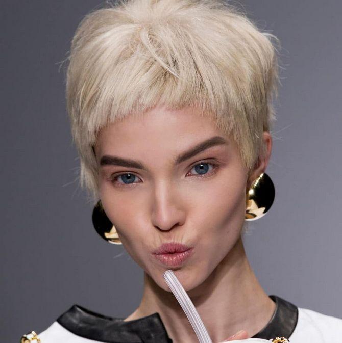 прически на короткие волосы для женщин