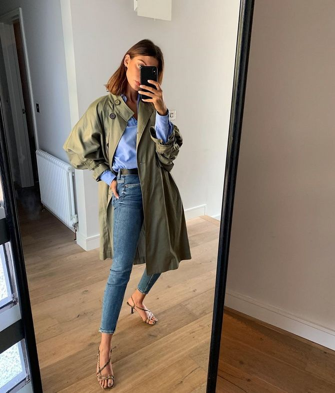 тренч и джинсы