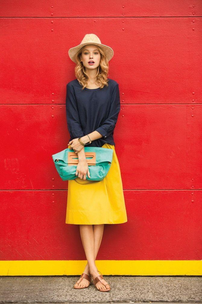 Цветные юбки из кожи