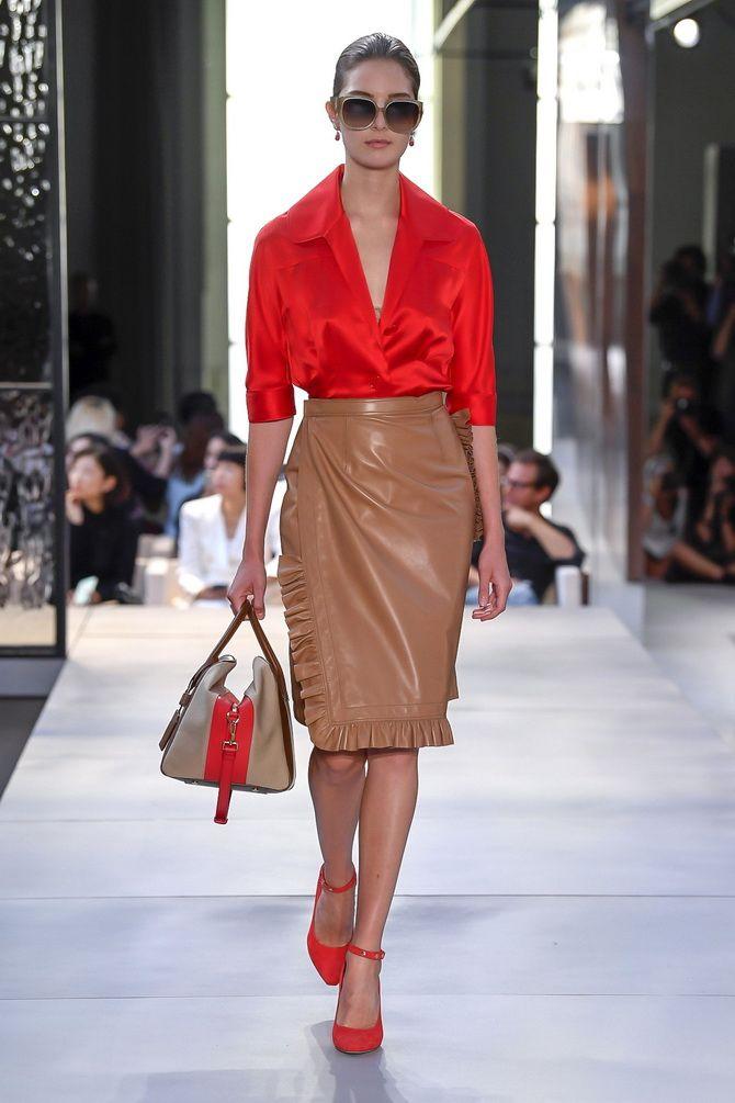 коричневая кожаная юбка