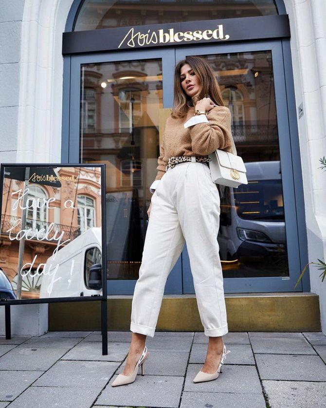 З чим носити джинси-банани в 2021 році: 45 модних ідей 9