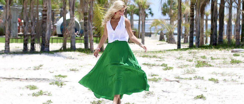 Не бойтесь экспериментировать: 45 стильных способов носить длинную юбку в 2020 году