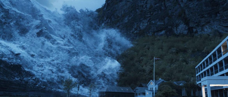 Во власти разрушительной стихии: топ-8 фильмов про цунами и наводнения