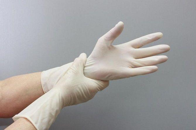 Перчатки при коронавирусе