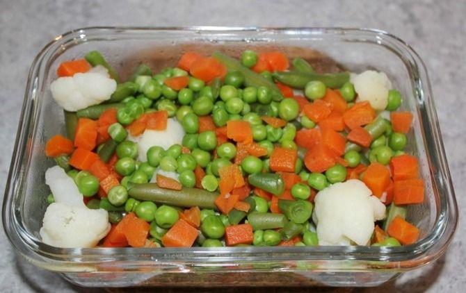 Заморожені овочі в духовці