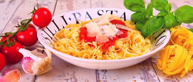 Вишукана паста карбонара: популярні рецепти і поради, як швидко та смачно приготувати страву
