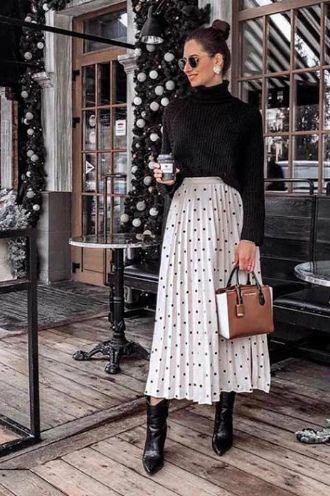 Плісирована спідниця: з чим носити та як поєднувати – стиль 2021 2