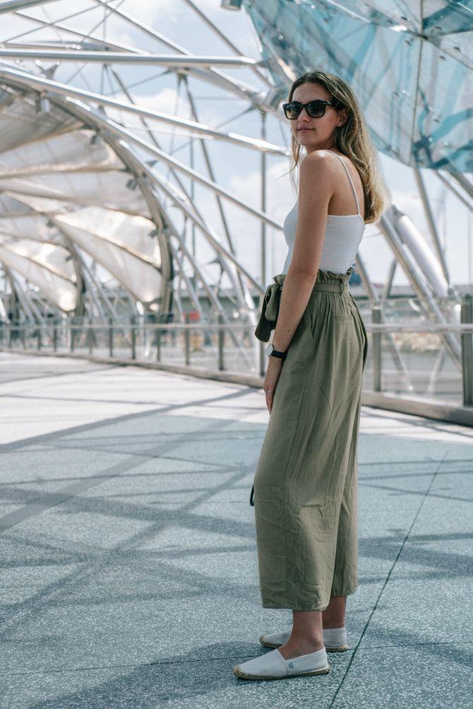 широкие брюки с высокой