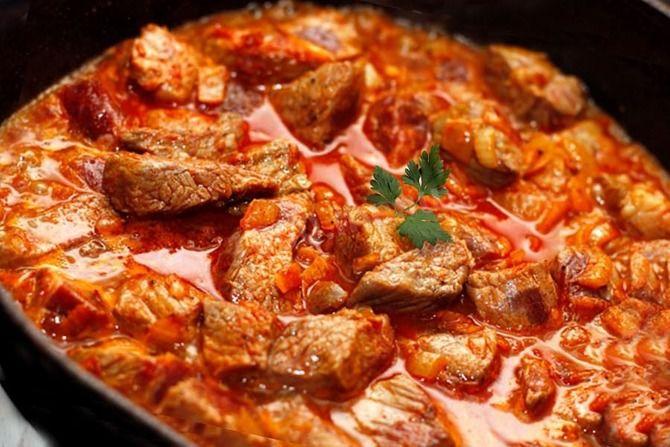 Свинина з маринадом з соєвого соусу