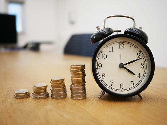будильник деньги