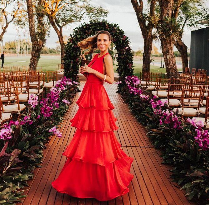 сукня з воланами 2020