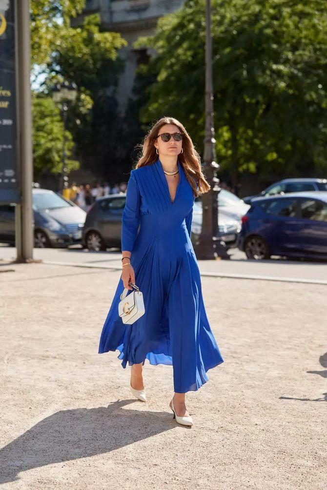 модна сукня з v-подібним вирізом 2020
