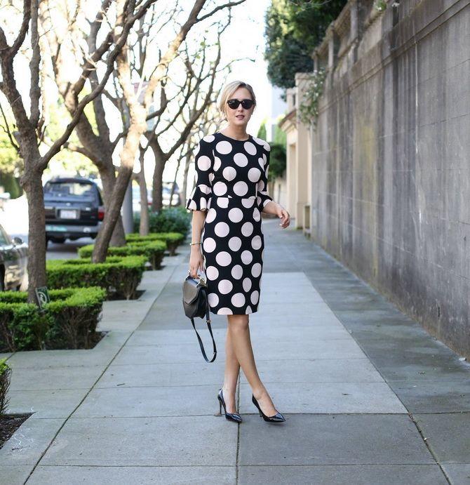 чорна сукня в білий горошок 2020