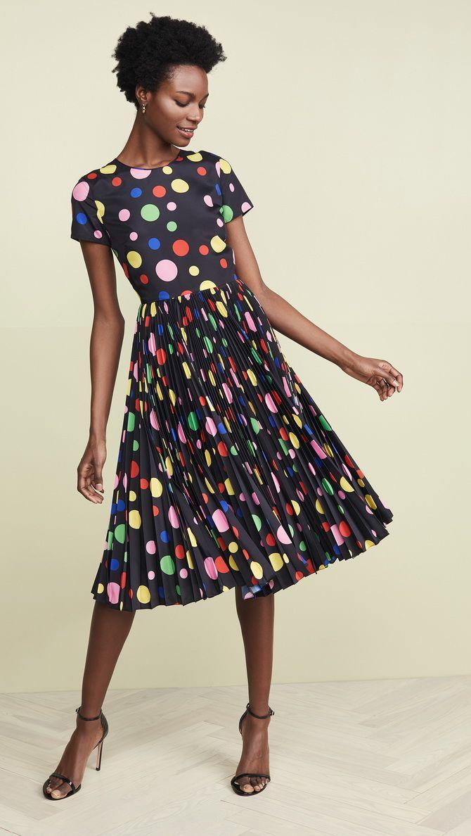 чорна сукня в кольоровий горошок