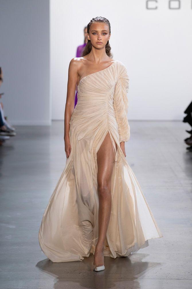 Вечерние платья с драпировкой