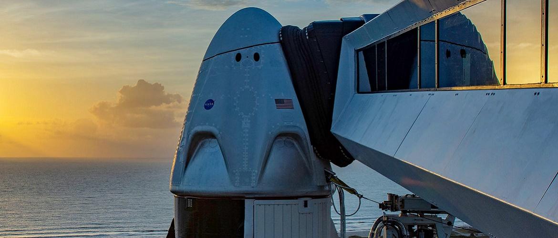 Запуск корабля SpaceX с астронавтами на борту отложили: названа новая дата полета