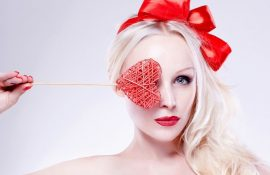 С Днем блондинок 2020 – крутые поздравления в открытках, стихах и прозе