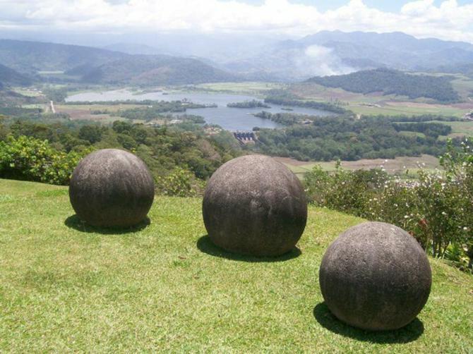 Кам'яні кулі Коста-Ріки