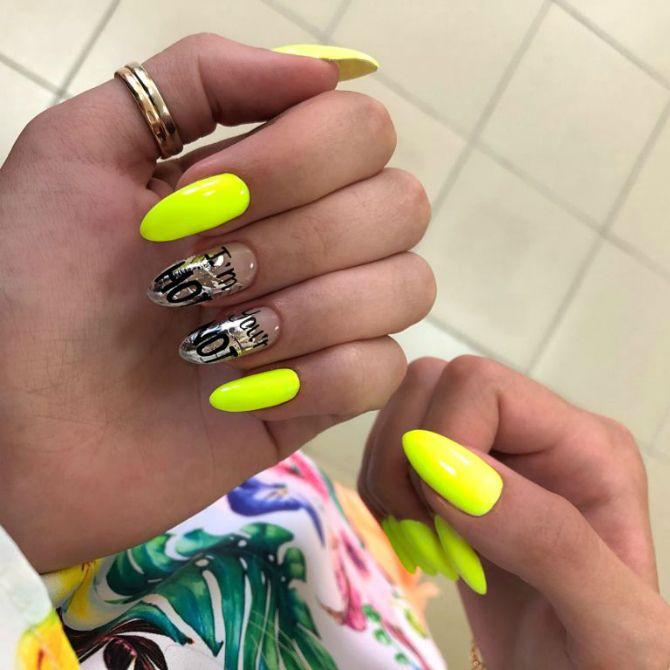 жовтий манікюр на довгі нігті