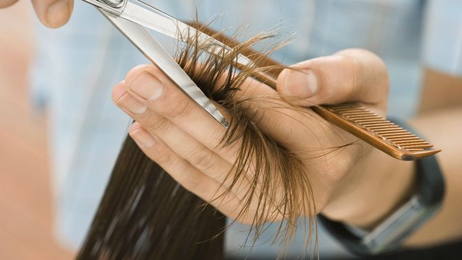 підстригання кінчиків волосся