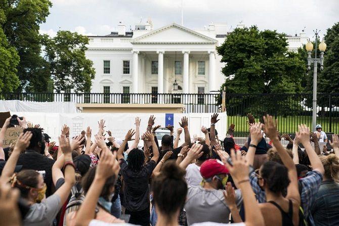 протесты белый дом