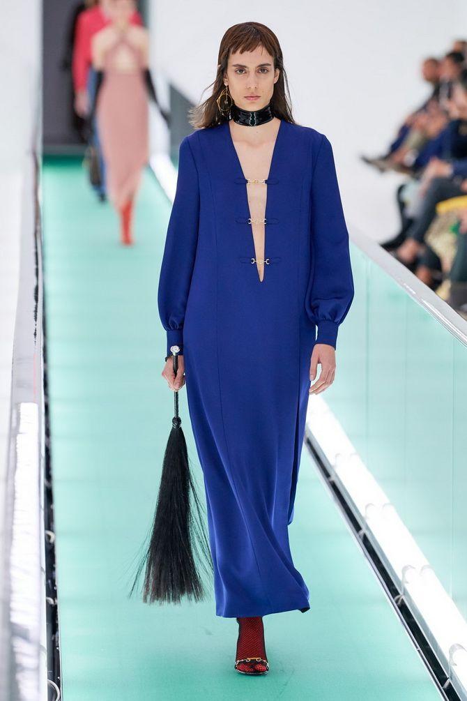 модные платья с V-образным вырезом