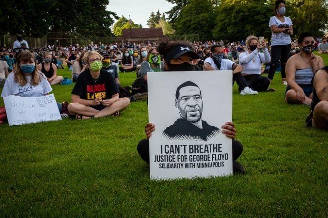 мирные протесты в США