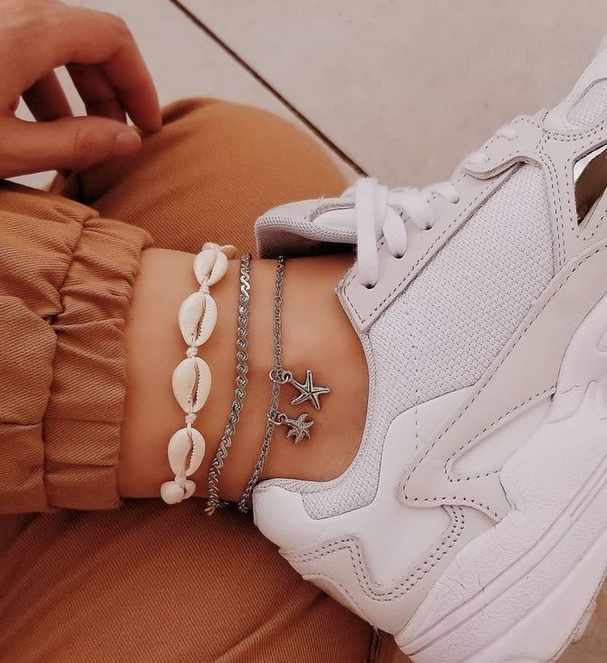 Armband am Bein