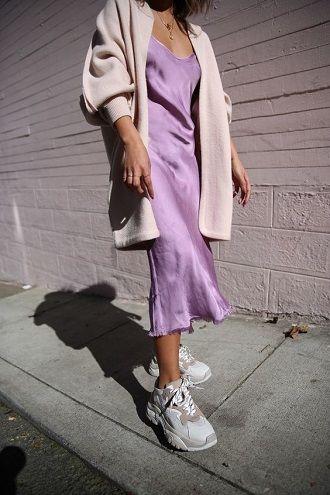 Универсальное платье в бельевом стиле: создаем ультрамодные образы на каждый день 35