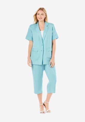 Нарядные, деловые и для отдыха: летние костюмы 2020 для полных 7