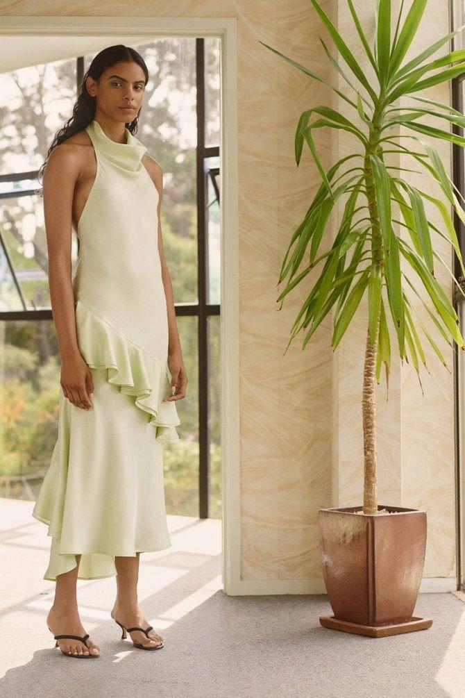 Макси-платье с воланами
