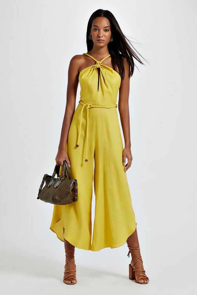 комбинезон женский желтый