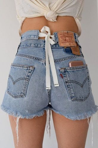 Denim shorts in 2020-2021: look stylish and trendy 80