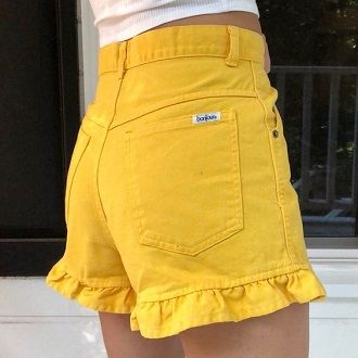 Denim shorts in 2020-2021: look stylish and trendy 81