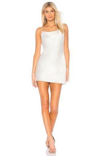Универсальное платье в бельевом стиле: создаем ультрамодные образы на каждый день 57